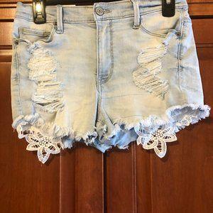 Mudd Light Wash Jean Shorts Size 9